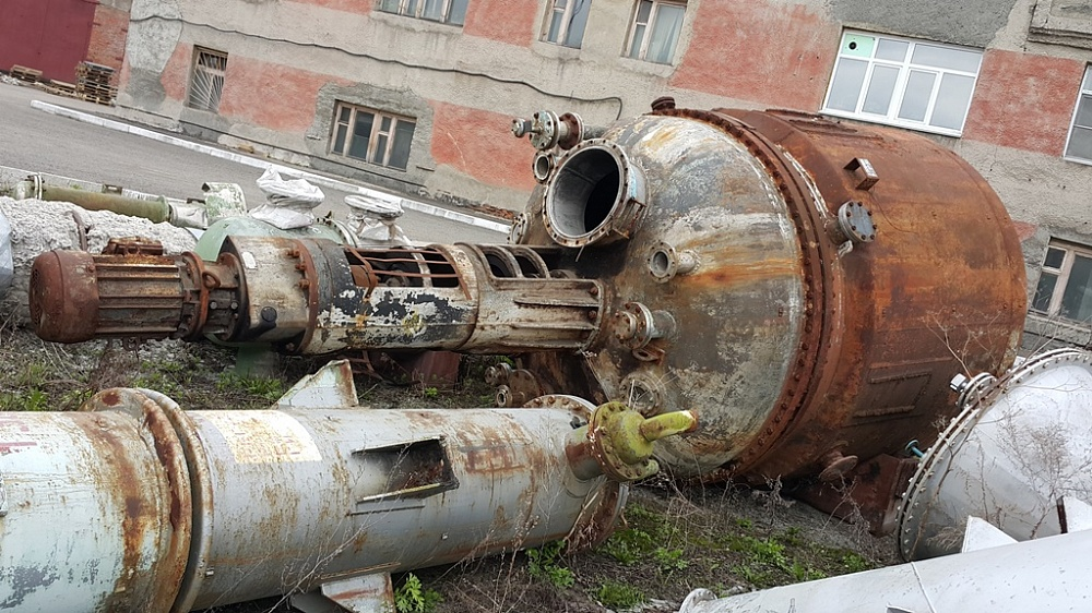 Реактор химический 10м3 н/ж аппарат с мешалкой