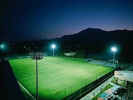Футбольное поля, стадион с натуральным и искусственным газоном в любой точке России