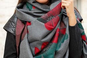 Фирменная одежда отличается высоким качеством пошива и тканей. Материалы, из которых шьется одежда, то это только качественные ткани от проверенных производителей из Европы и Азии.