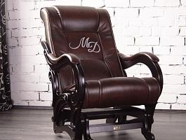 Эксклюзивные кресла с логотипом от производителя