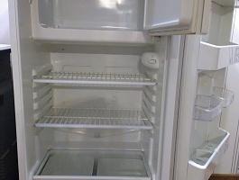Продам холодильник Стинол