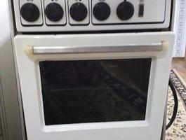 Продам электрическую плиту Лысьва