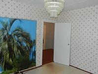 Продаю двух комнатную квартиру в г. Яровое