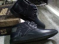 Стильная кожаная мужская обувь.