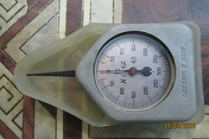 Граммометр-динамометр часового типа.